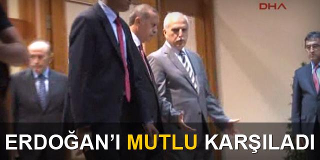 Erdoğan'ı Hüseyin Avni Mutlu karşıladı