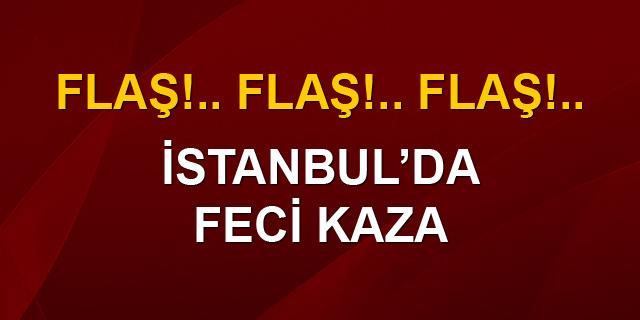 Kadıköy'ün göbeğinde 8 araç birbirine girdi