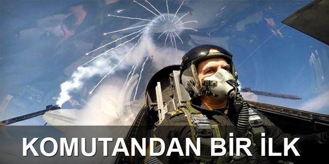 Komutandan akrobasi uçuşu